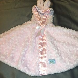 Blankets & Beyond Pink Plush Blanket Cape